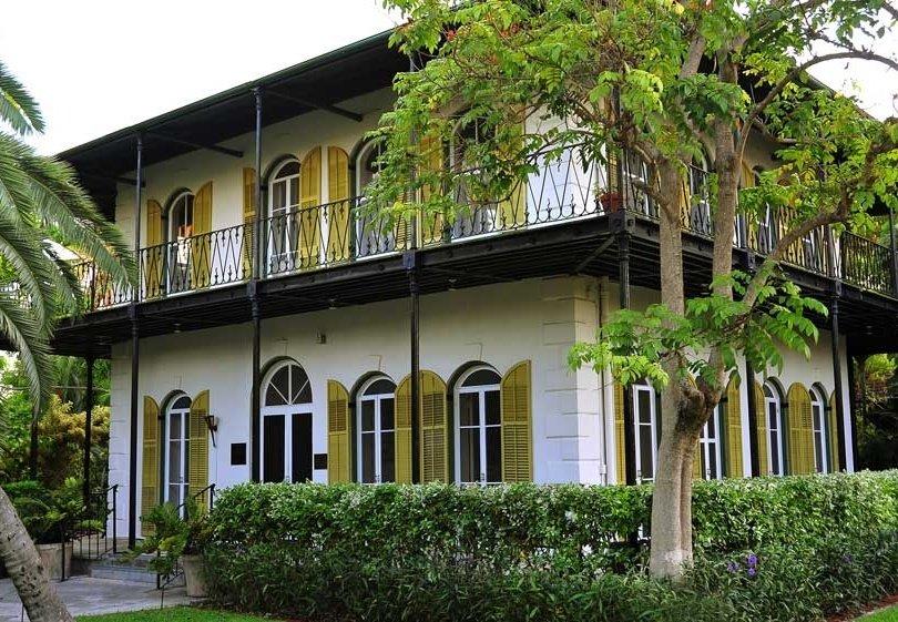 hemingway_house_Key_West-866710-edited.jpg