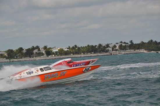 Boat-Racing-piqsels.com-id-zuehq