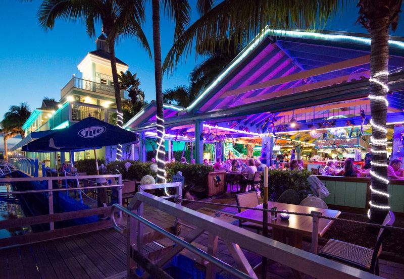 Parrot_Key_Restaurant_Ft_Myers_Beach.jpg