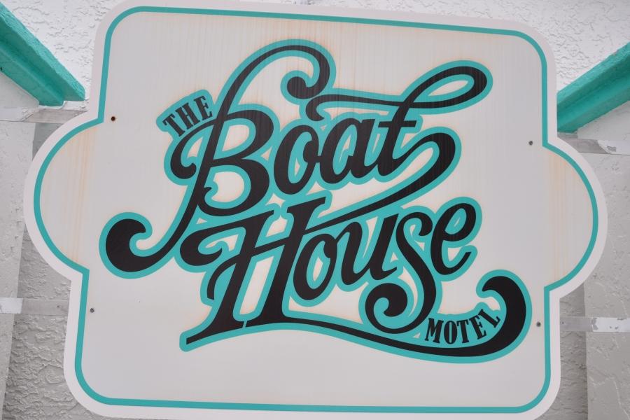 The Boat House Resort Logo