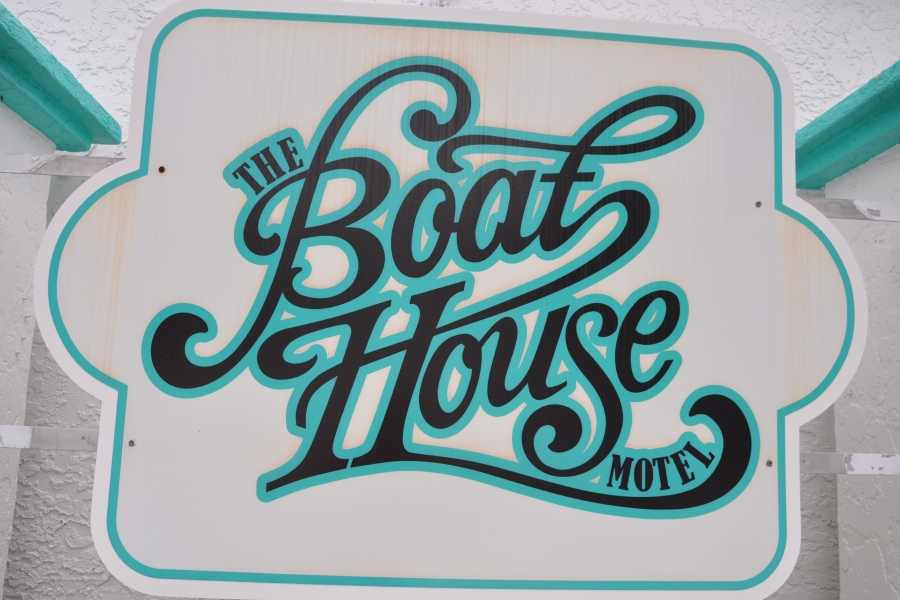 The Boat House Resort Logo