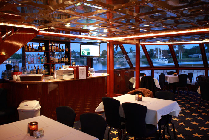 Naples-Princess-Cruise_Vessel_Interior_19.jpg