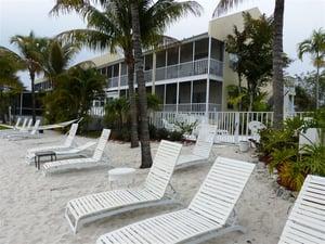 Lakeside Inn Beach
